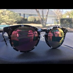 Diff Sunglasses (: